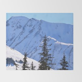 Back-Country Skiing  - V Throw Blanket