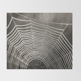 SPIDERWEB TRAVELS Throw Blanket