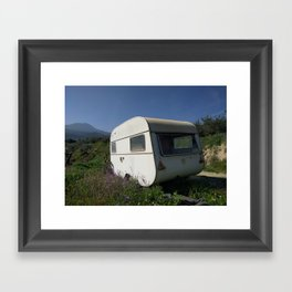Caravana Framed Art Print