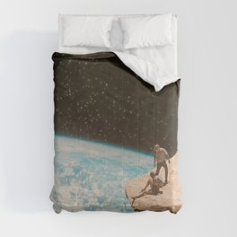 Edge of the world Comforters