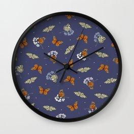 Monarch Idle Wall Clock