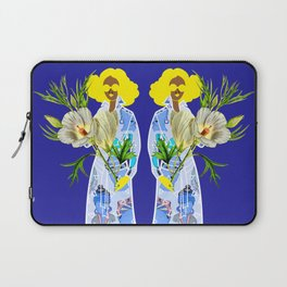 Faces on Her Dress Laptop Sleeve