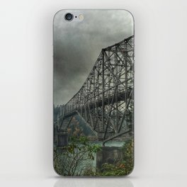Bridge of the Gods. iPhone Skin
