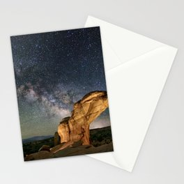 Broken Arch With The Rising Milky Way Stationery Cards