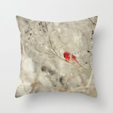 A bird on a winter's day Throw Pillow