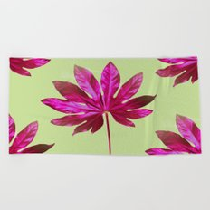 Large pink leaf on a olive green background - beautiful colors Beach Towel