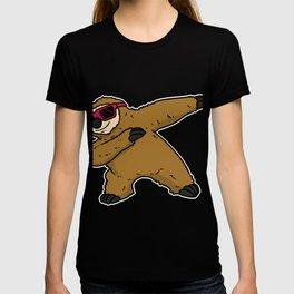 Winner pose Bolt Winner animal Dab Dabbing T-shirt