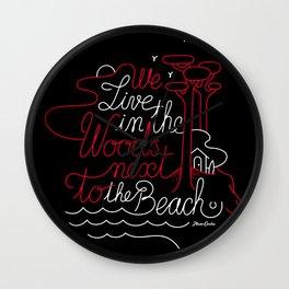 WOODY BEACH Black/Framboise Wall Clock