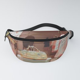 Showcase Fanny Pack