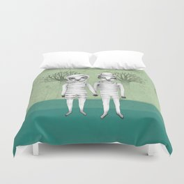 gymnast couple in the forest Duvet Cover