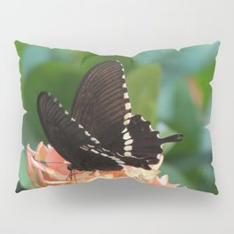 Kowloon Wings Pillow Sham