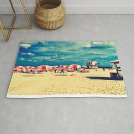 MOMENTS IN MIAMI: A WALK ON THE BEACH III Rug