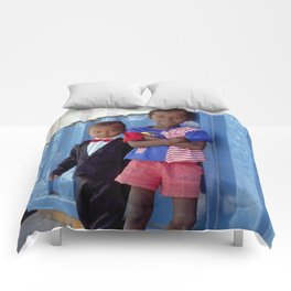Dressed to Kill Comforters