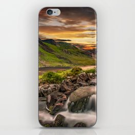 Tryfan and Llyn Ogwen Snowdonia iPhone Skin