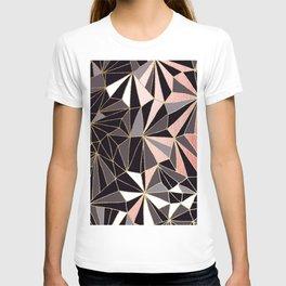 Stylish Art Deco Geometric Pattern - Black, Coral, Gold #abstract #pattern T-shirt