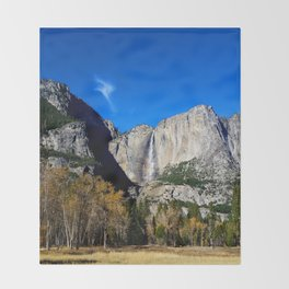 Yosemite Falls from Yosemite Valley Throw Blanket