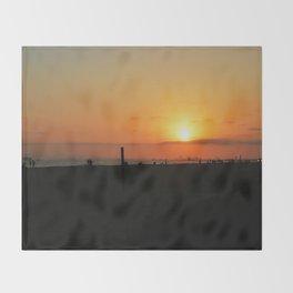 sunset lv Throw Blanket