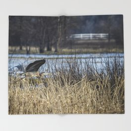 Great Blue Heron at Fern Ridge Throw Blanket