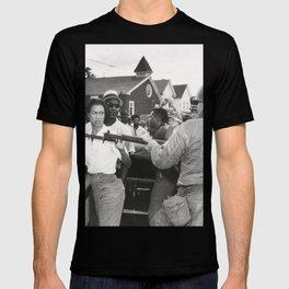 Gloria Richardson pushing a National Guardsman's bayonet, 1963 T-shirt