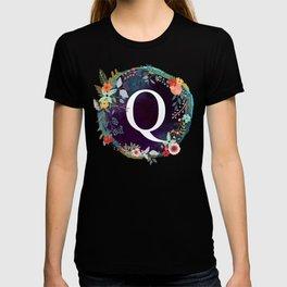 Personalized Monogram Initial Letter Q Floral Wreath Artwork T-shirt