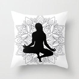 yoga mandala minimal i Throw Pillow