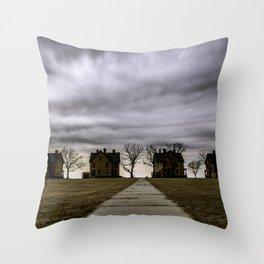 Storm drama II Throw Pillow
