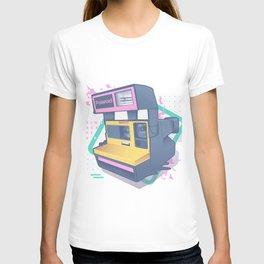 Retro camera - 80s T-shirt