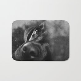 dog char Bath Mat