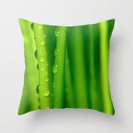 Green grass  32 Throw Pillow