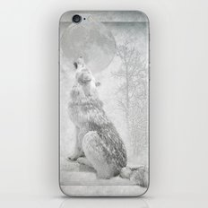 Wolf howl at the Moon iPhone & iPod Skin