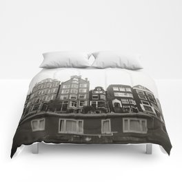 { teeny houses } Comforters