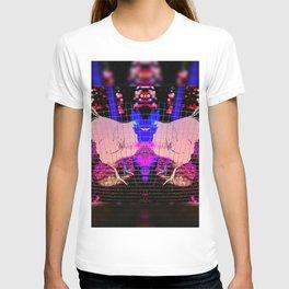 Gallus gallus domesticus T-shirt