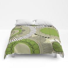 Kiwi flowers Comforters