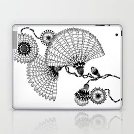 Daisies and Lines - 2 Laptop & iPad Skin