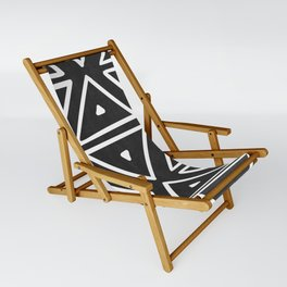 Big Triangles in Black and White Sling Chair