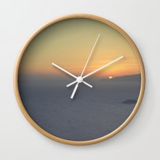 Middle mist Wall Clock