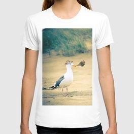 rebel gull. T-shirt