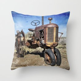 Old style Case Throw Pillow