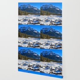 Mount Kerkeslin in Jasper National Park, Alberta Wallpaper