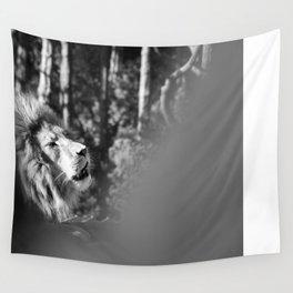 Lion roar Wall Tapestry