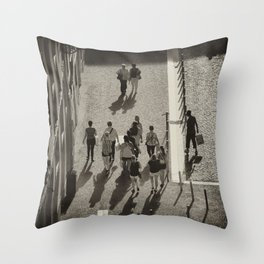 Lisbonne vue d'en haut Throw Pillow