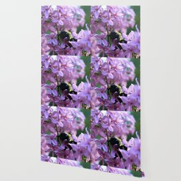 Busy Bee in Lilac Art Photography Wallpaper