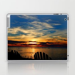 Peace and Relaxation at the Sea shore Laptop & iPad Skin