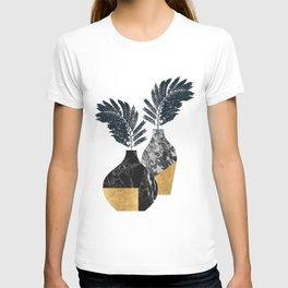 Gold + Marble Floral Vase T-shirt