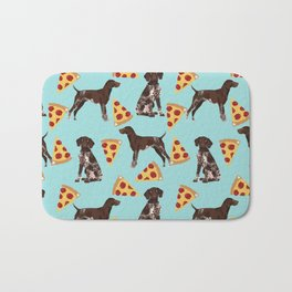 German Shorthair Pointer dog breed pet art pizza slices pattern design by pet friendly dog lovers Bath Mat
