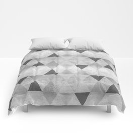 GRAPHIC PATTERN Sparkling triangles | silver Comforters