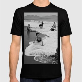 Bathing Woman in Vietnam - analog T-shirt