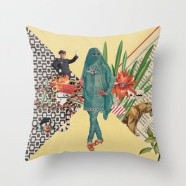 Baghdad nights Throw Pillow