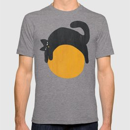 Cat with ball T-shirt