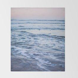 Pacific Ocean Waves Throw Blanket